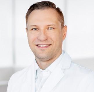 dr Krzysztof Biegański